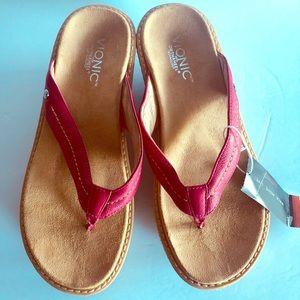 Vionic pink platform flip flops size 40